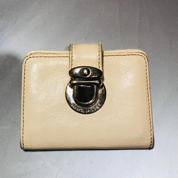 270f8f7490 Marc Jacobs Bags   Bone White Bi Fold Card Wallet   Poshmark